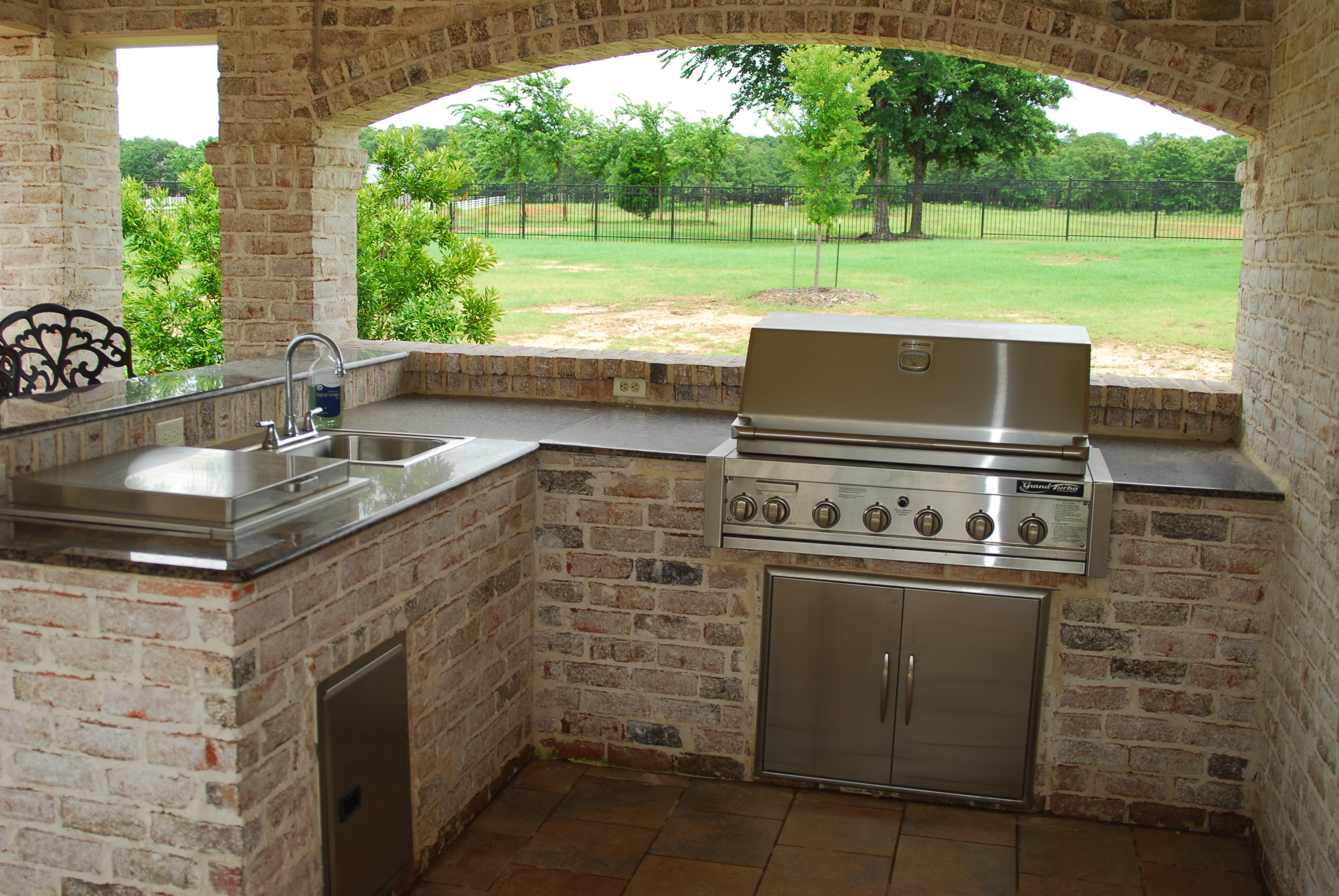 Outdoor Kitchens The Earthscape pany